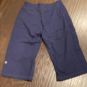 Lululemon Kung fu long shorts Sz large